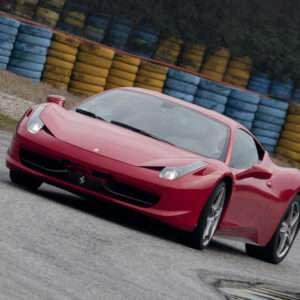 Idea regalo Guida una Ferrari F458 Italia