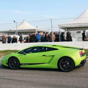 Idea regalo Guida una Lamborghini LP 570 a 99 €