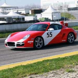 Idea regalo Esperienza drifting al Circuito di Precenicco (UD) a 69 €