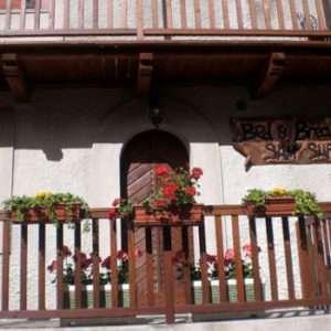Idea regalo Breve soggiorno per due persone in Valle d`Aosta a 70 €