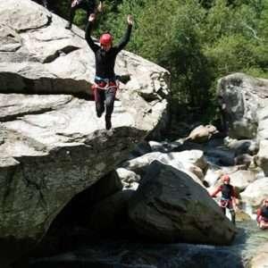 Idea regalo Discesa canyoning – Alta Valsesia