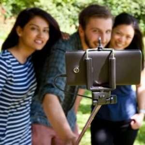 Idea regalo Click Stick  asta telescopica per selfie a 29 €