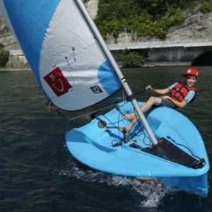 Idea regalo Lezione di vela per bambini – Lago di Garda