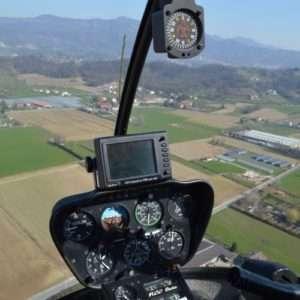 Idea regalo Corso base di guida elicottero – Bergamo a 360 €