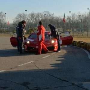 Idea regalo Corso di guida sicura di una Ferrari – Torino