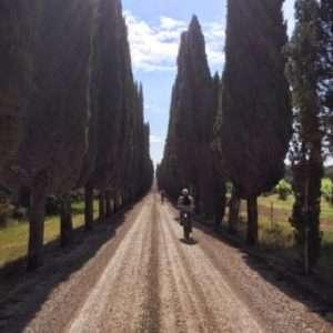 Idea regalo Pedalata Eroica con guida – Siena a 63 €