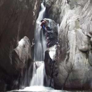 Idea regalo Canyoning – Riancoli, Valle del Turano (RI)