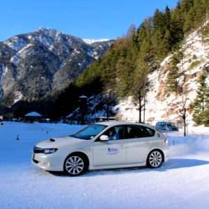 Idea regalo Corso di guida sicura su neve-ghiaccio – Trentino