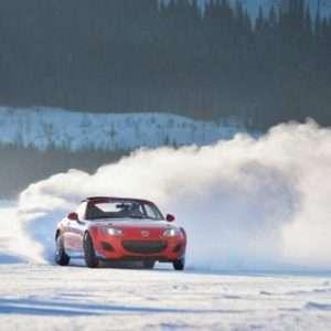 Idea regalo Corso di guida sicura su neve e ghiaccio – Torino a 199 €
