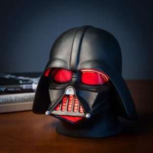 Idea regalo Lampada Casco Star Wars – Darth Vader a 39 €