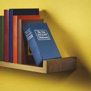 Idea regalo Libro cassaforte a 14 €