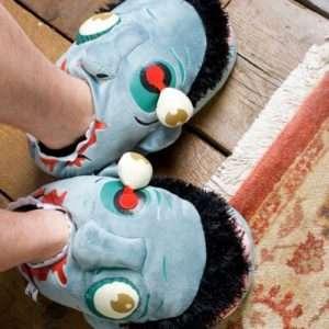 Idea regalo Pantofole Zombie a 29 €