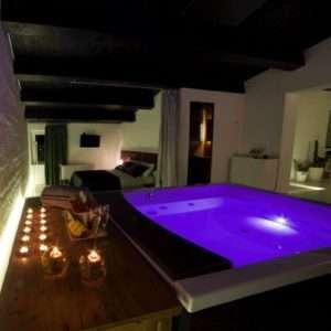 Idea regalo Due notti in villa per due persone – Montecarotto, Ancona