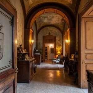 Idea regalo Soggiorno in residenza d`epoca con cena – Venafro, Isernia a 300 €