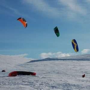 Idea regalo Corso di avvicinamento allo Snowkite – Gran Sasso