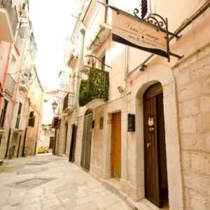 Idea regalo Pernottamento con ottima cena per due – Barletta, Puglia