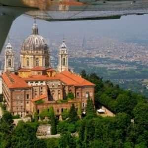 Idea regalo Volo sulle bellezze del Piemonte a 79 €