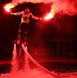 Idea regalo Spettacoli di flyboard per eventi – Tropea a 700 €