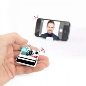 Idea regalo Telecomando Bluetooth per selfie – Selfieme a 21 €