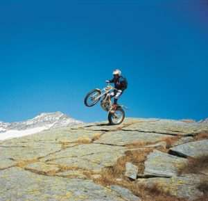 Idea regalo Escursione Trial / Motoalpinismo / Mountain Bike – Valsesia