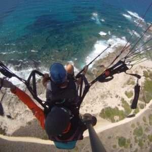 Idea regalo Esperienza di volo in parapendio biposto – Sassari a 100 €