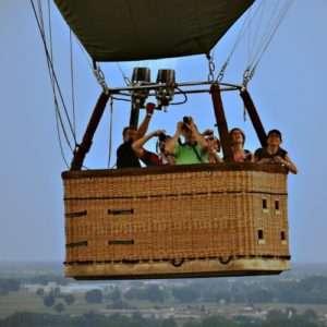 Idea regalo Volo in mongolfiera di gruppo – Lucca