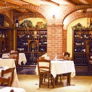 Idea regalo Brianza da sogno: soggiorno e cena  Monza