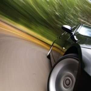 Idea regalo Corso di guida sportiva auto – Pavia