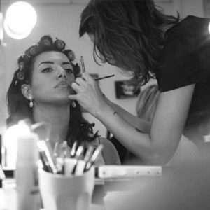 Idea regalo Corso di Make up professionale a casa tua – Marche