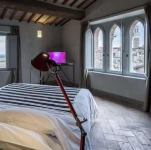 Idea regalo Degusta Siena, soggiorno in centro con degustazione di vino – Siena