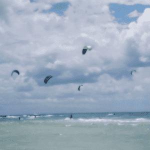 Idea regalo Downwind Tour in Kitesurf nel mare del Salento – Puglia