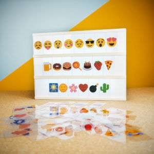 Regalo Set di Emoticons per Lampada da tavolo Insegna Cinema