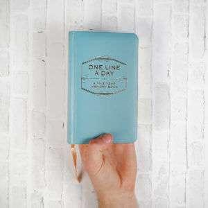 Idea regalo One Line A Day – agenda per cinque anni