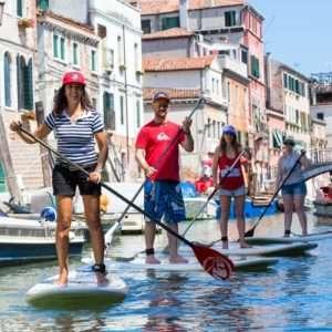 Idea regalo Giro per i canali di Venezia in SUP: escursione guidata – Venezia