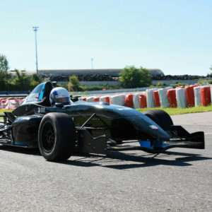 Idea regalo Guida una Formula Renault 2.0 da 39,90 ¤ – Il Sagittario, Latina