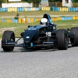 Idea regalo Guida una Formula Renault 2.0 da 39,90 ¤ – Lombardore (TO)