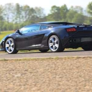 Idea regalo Guida una Lamborghini Gallardo allAutodromo di Imola