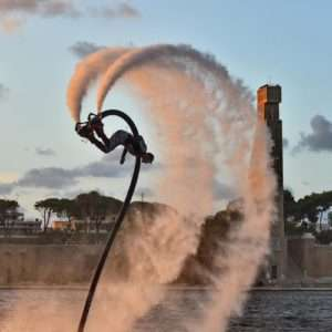 Idea regalo Impara a volare sullacqua col Flyboard – Poetto / Chia, Cagliari