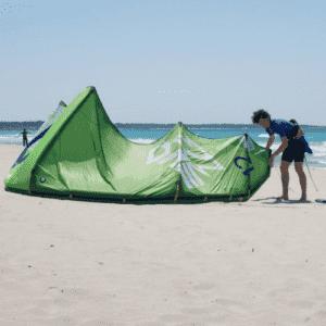 Idea regalo Impara il kitesurf, corso livello intermedio – Torre Mozza, Puglia