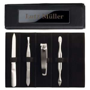 Idea regalo Set per la manicure con custodia in similpelle personalizzabile