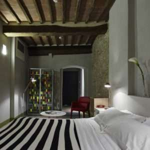 Idea regalo Pernottamento in centro e degustazione vino – Siena