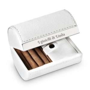 Idea regalo Piccola scatola portagioielli con incisione