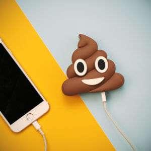 Regalo Caricabatterie per smartphone Emoji Poop