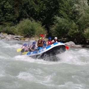 Idea regalo Sfida le Rapide in Rafting (difficoltà classe 4) – Sondrio