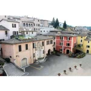 Idea regalo Soggiorno con cena a lume di candela – Spoleto, Umbria