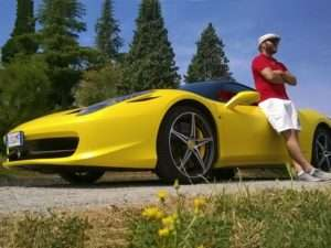 Idea regalo Guida una Ferrari ( 60 minuti ) – Maranello